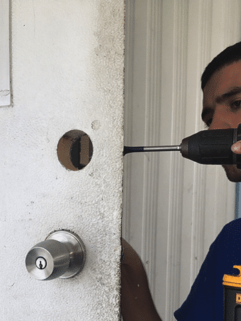 Commercial locksmith Pembroke Pines
